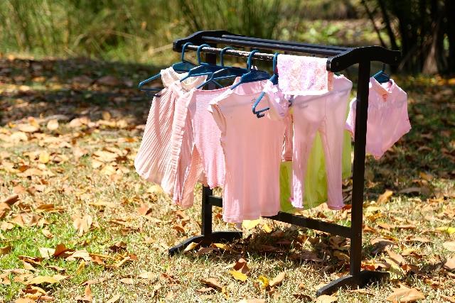 アイデア満載! 女性の下着を隠しやすい洗濯ピンチハンガー