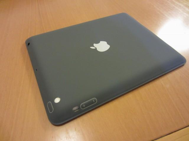 iPadケース Apple純正 ポリウレタンスマートカバー4