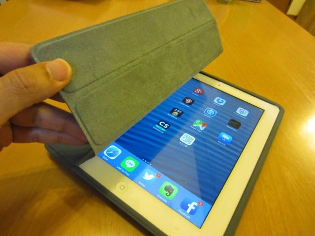 iPadケース Apple純正 ポリウレタンスマートカバー7