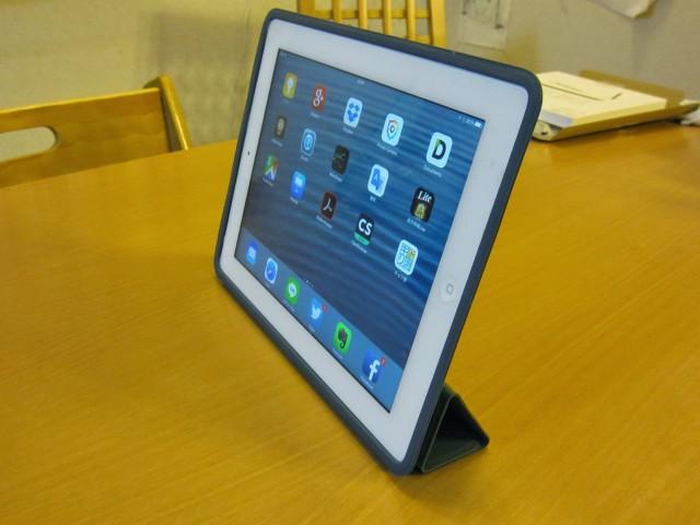 iPadケース Apple純正 ポリウレタンスマートカバー9