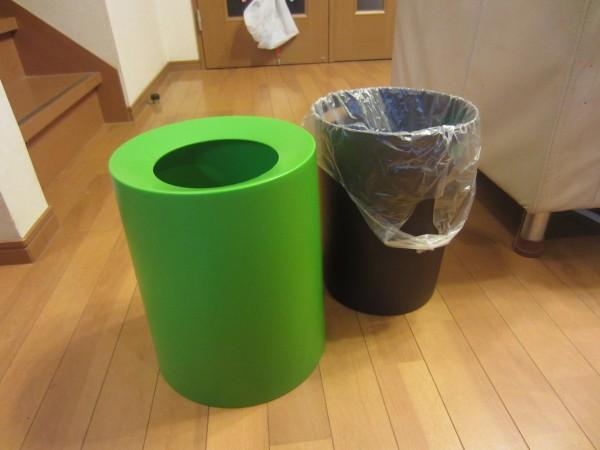 レジ袋を隠すideaco TUBELOR おしゃれなゴミ箱4