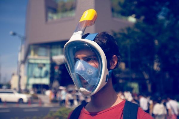 鼻でも口でも呼吸できる フリーブリーズAbyssシュノーケルマスク