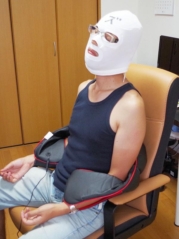 医療機器認可取得 マッサージ機 ネックマッサー も~む 首・肩・背中・腰 マッサージ機 指圧風もみ玉マッサージ 058356_10