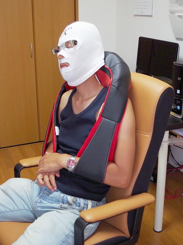 医療機器認可取得 マッサージ機 ネックマッサー も~む 首・肩・背中・腰 マッサージ機 指圧風もみ玉マッサージ 058356_11