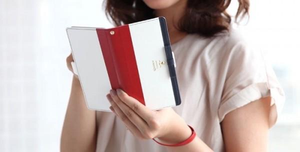 カードが入るお洒落なミラー付き手帳型スマートフォンケース「trouver Quince(トルヴェ・クインス)_2