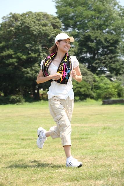女性_ジョギング
