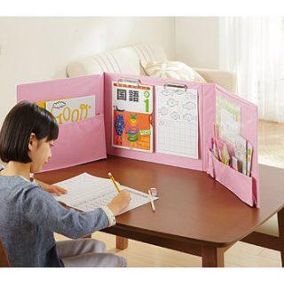 リビングでの子供の勉強スペースが一瞬にできる便利グッズ!