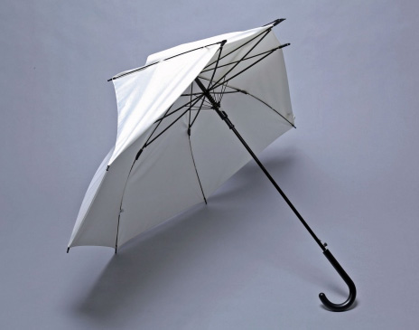 折れても元に戻る傘 ポッキー