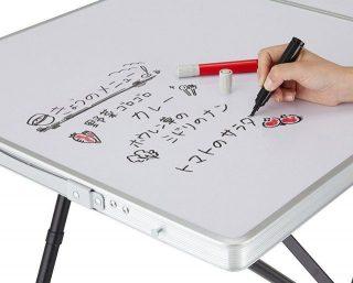 子供の落書き対策に!メモができるデスク型ボード!