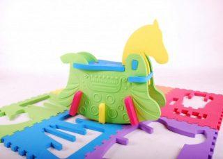 3歳からの子供知育パズル!木馬やプレイマットにも!